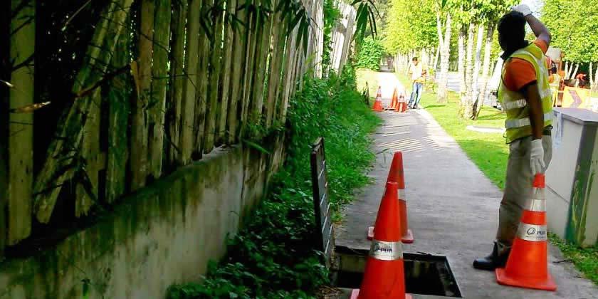 closed-drain-cleaning-flushing-lian-shing-1