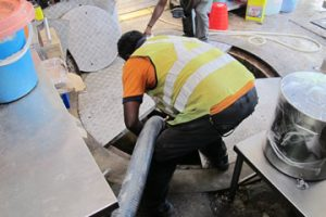 grease-trap-ejector-vacuum-cleaning